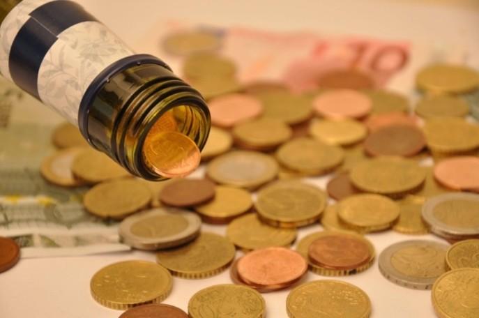 Hors TVA, la fiscalité pour une bouteille d'un litre de Ricard est passée de 52,3 % en 2010 à 55,2 % en 2014. (Photo Rayon Boissons)
